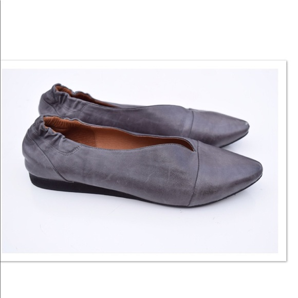 3ec508a41666a Chocolat Blu Shoes | E Pointy Toe Giza Flats | Poshmark
